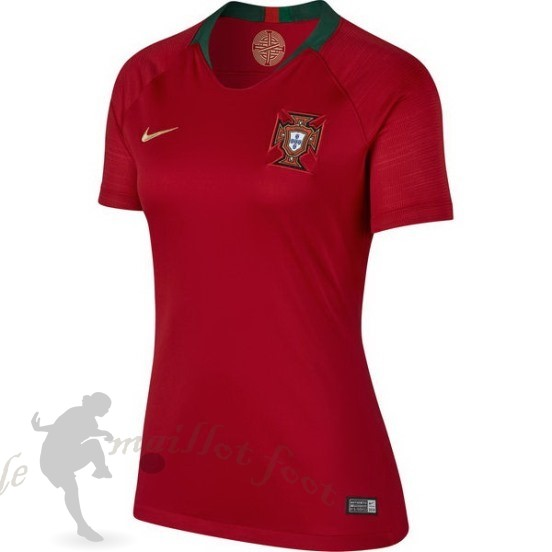 Tee Shirt Foot Pas Cher Nike Domicile Maillot Femme Portugal 2018 Rouge